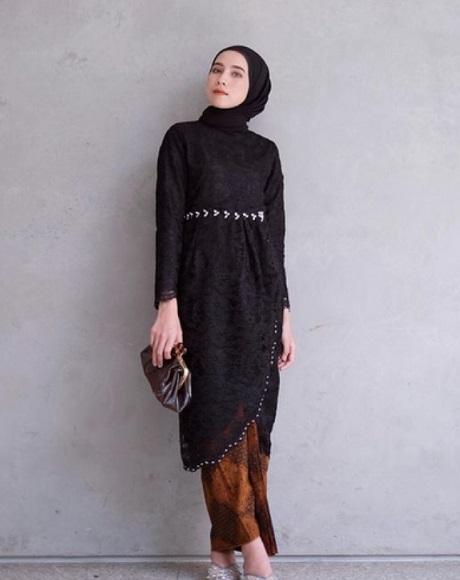 Kebaya Modern Brokat Muslim