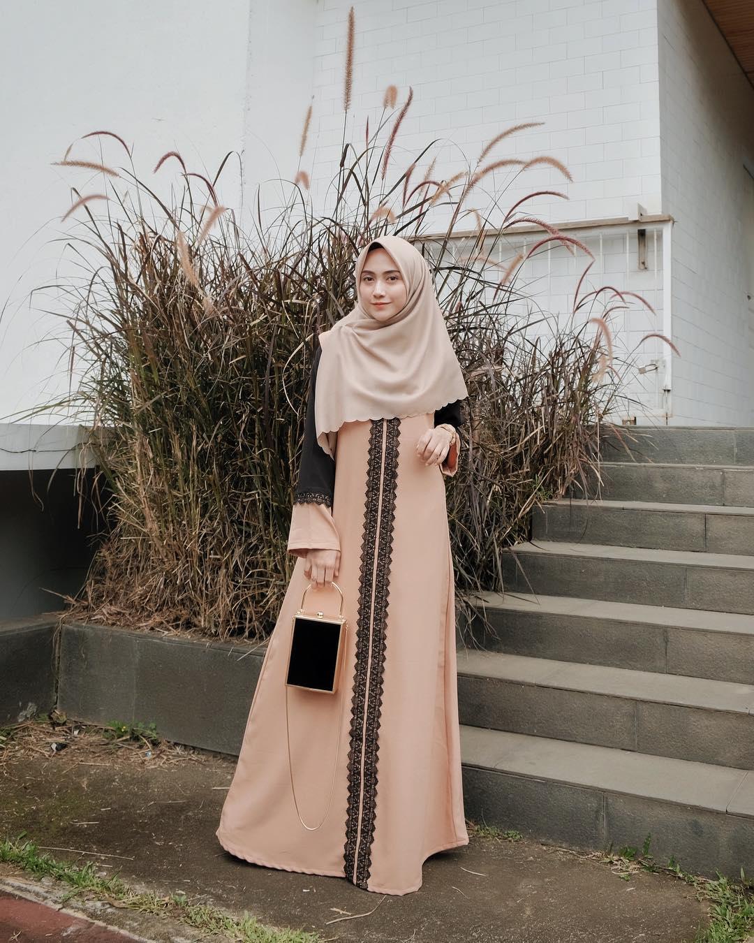 Model Baju Lebaran 2019 Gamis modis