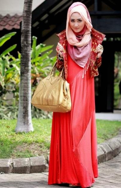 Model Gamis Polos Merah untuk Lebaran 2019