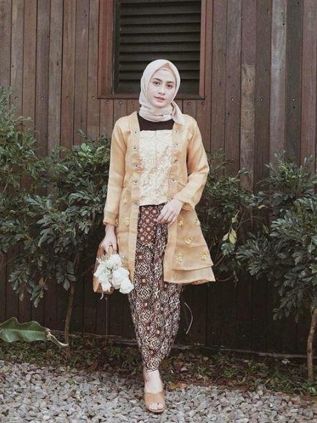 Model Kebaya Hijab Pesta