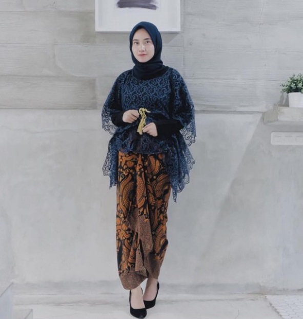 Model Kebaya Hijab Syar'i
