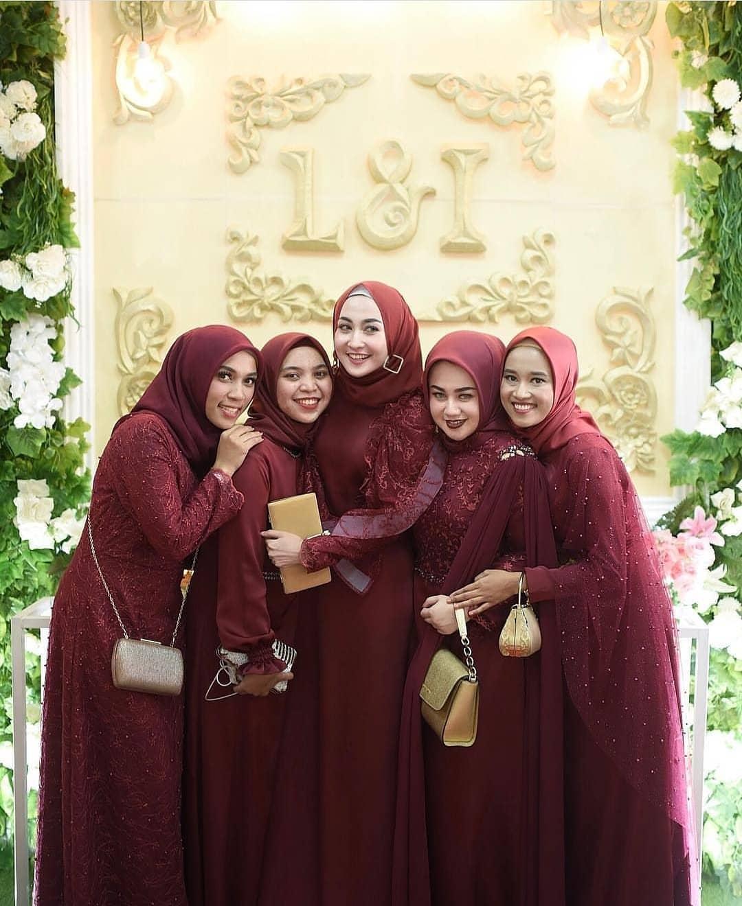 Model kebaya modern hijab muslim
