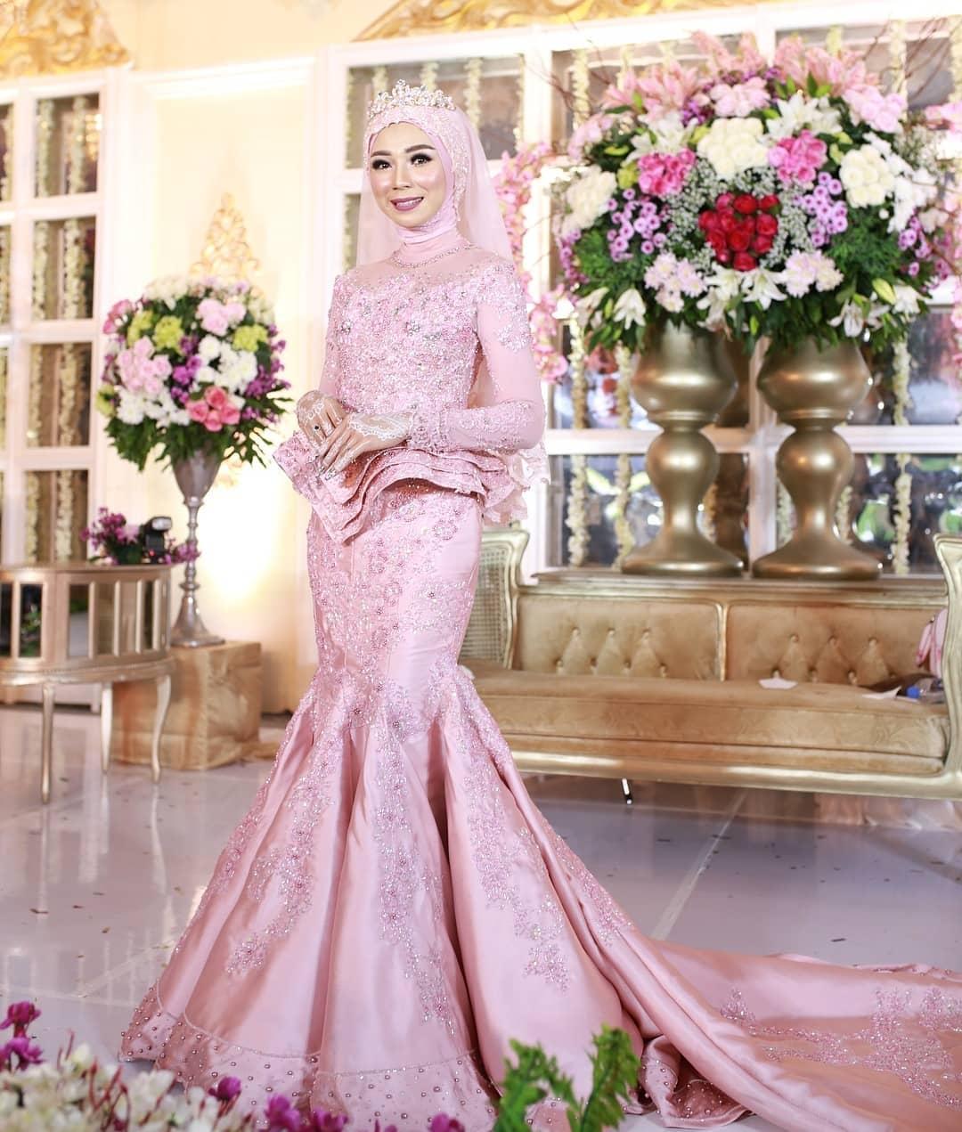 Model kebaya modern hijab untuk pesta