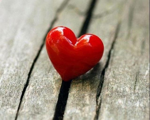 Contoh Dialog Expressing Love